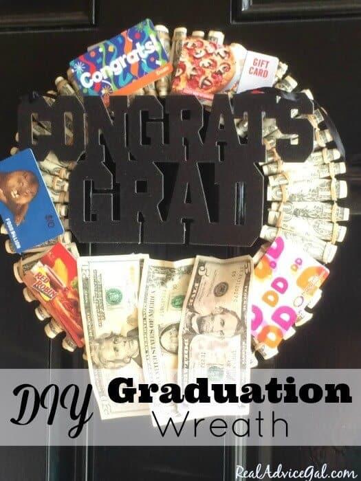 Graduation Personalized Gifts: Money Graduation Wreath