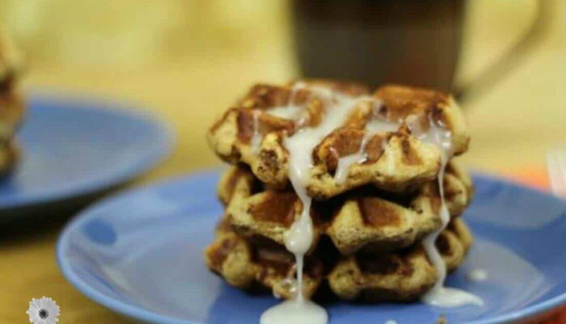 cinnamon roll waffles 2