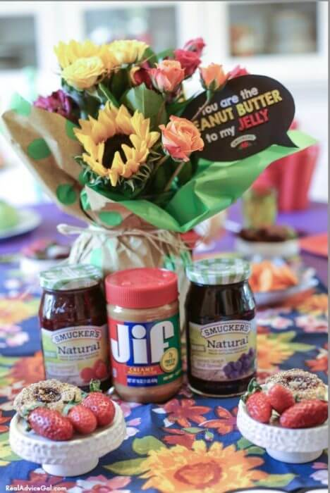 Time for a delicious PB&J kids party!