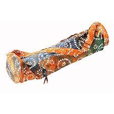 These Hugger Mugger Batik Yoga Mat bags are just adorable and would make my inner yogi so happy.